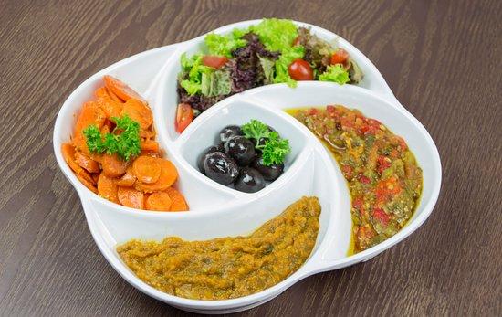 Kasbah Kuala Lunmpur: Our signature Kemia sharing platter for The Love of Veggies