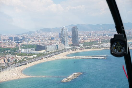 Zdjęcie 360º Barcelona SkyWalk: Old Town Walking, Helicopter flight & Sailing