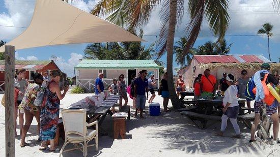 Tropical Paradise Excursions : Repas