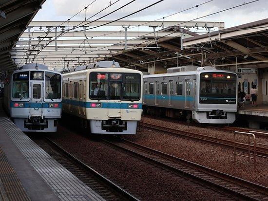複々線開業によって線路容量には余裕が生まれた。 - Picture of Odakyu ...