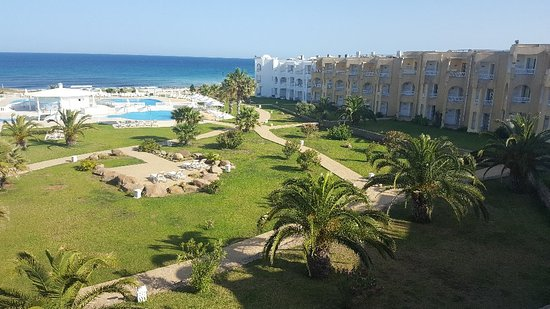 Cap-Bon Kelibia Beach Hotel & Spa : 20180518_173637_large.jpg