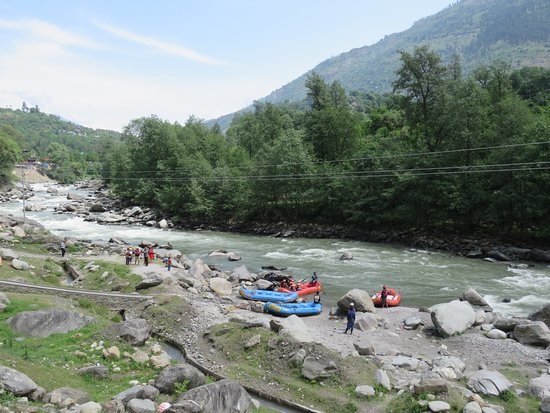 Rafting by Beas River