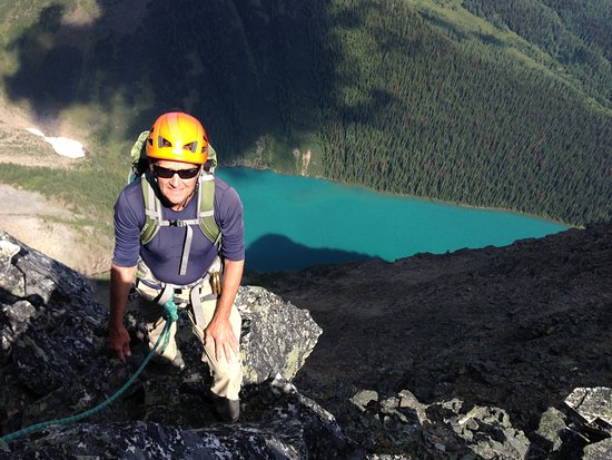 Canadian Rockies Mountain Guides: Tim on the Northeast Ridge of Mt. Bell, Banff National Park, Alberta, Canada.