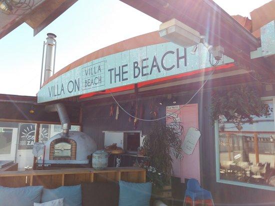 Villa on the Beach: Ingang van het paviljoen.