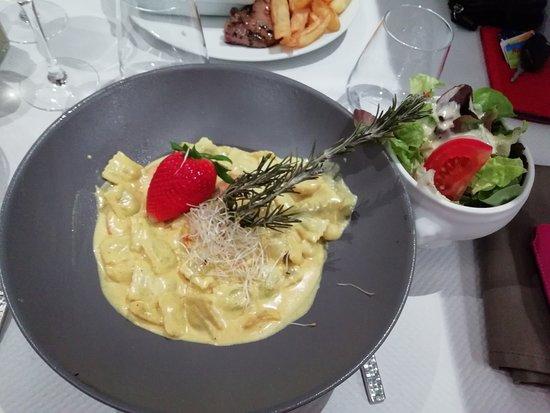 L'Annexe by don rocco: Ravioles aux St-Jacques, salade