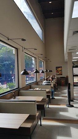 Burger King: Burguer King Lourdes - BH