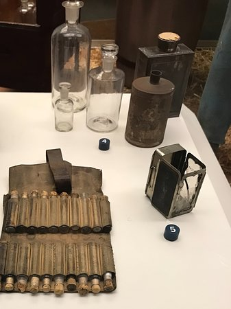 National Civil War Museum: Bottles of medicine used in the emergency care in the field