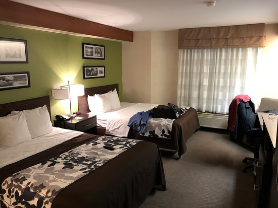 Oregon, OH: View of the room