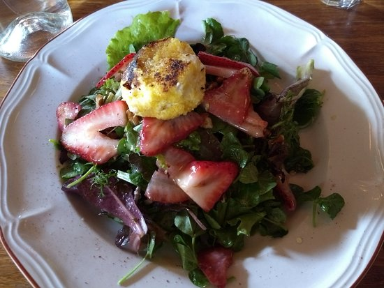 The Love Apple: Local greens, strawberries, pecans & warm goat cheese