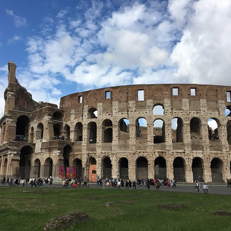 Private Colosseum and Roman Forum Tour with Hotel Pick-up and Drop-off Φωτογραφία