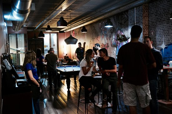 Delirium Cafe Lisboa: Vários ambientes