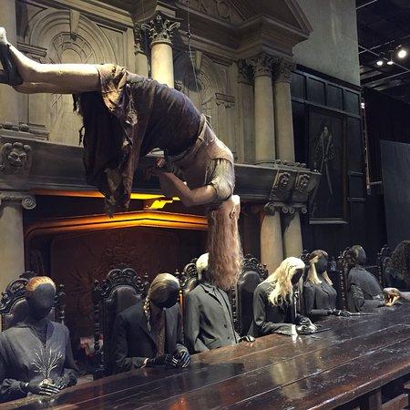 Warner Bros. Studio Tour London - The Making of Harry Potter Resmi