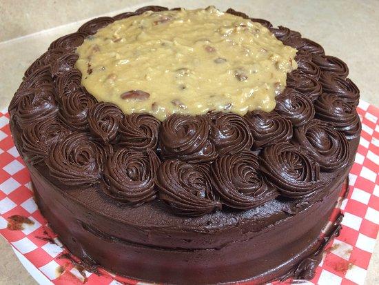Arichat, Kanada: German Chocolate Cake-yummy!
