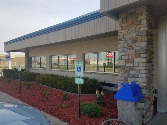 Willmar, MN: Parking Lot View.