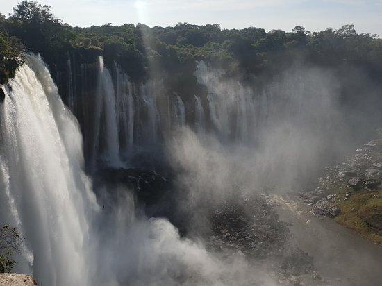 Kalandula, แองโกลา: 20180510_084348_large.jpg