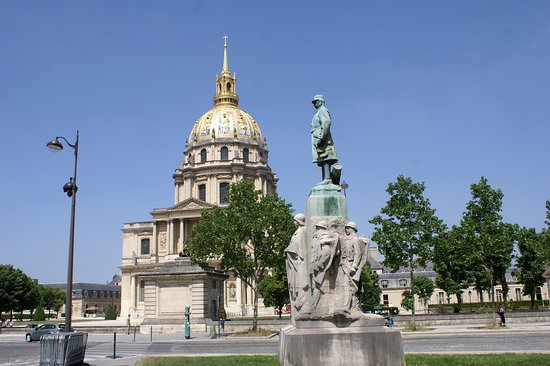 Statue of Marie Emile Fayolle