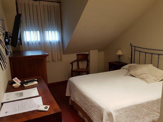 Corullon, Spanien: Dormitorio
