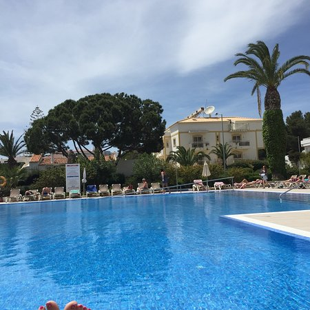 Muthu Clube Praia da Oura: Don't believe all the bad reviews-