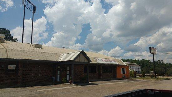 Millbrook, AL: Entrance