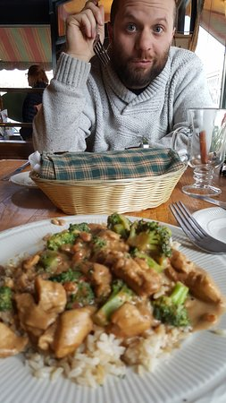 Jeffrey's Bistro: This is the broccoli chicken dish - the best!