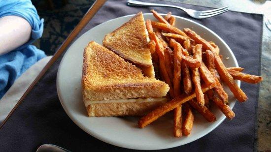 Oregon, OH: Patty melt and sweet potato fries