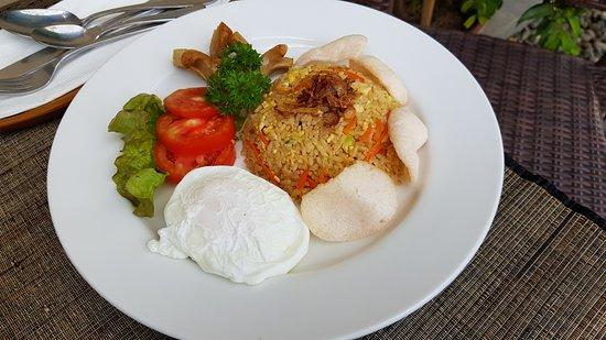 Nyuh Bali Villas: Nasi goreng