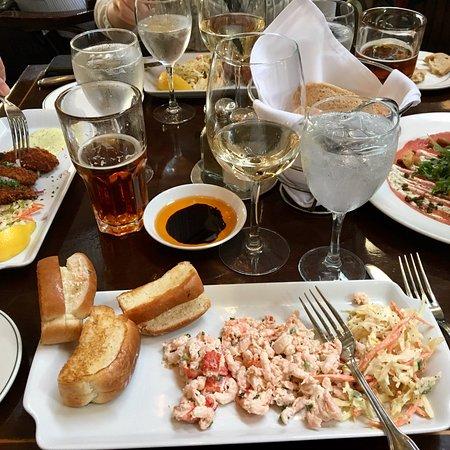Joe Fortes Seafood & Chop House: photo5.jpg