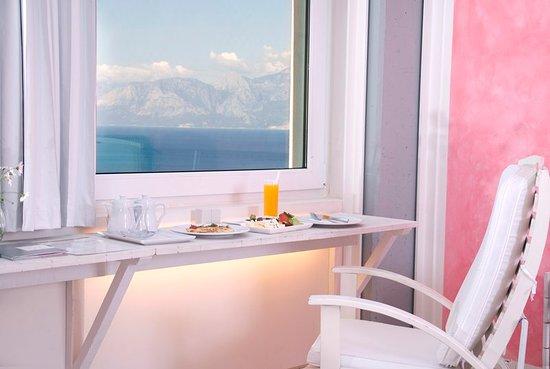 The Marmara Antalya: Guest room