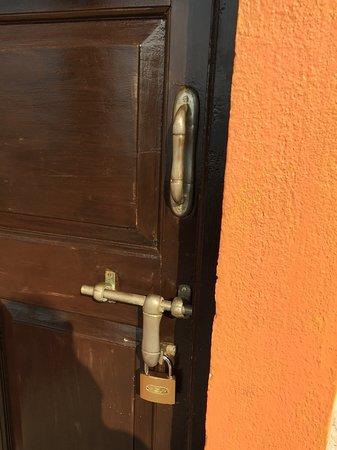 ALCOVE RESORTS (Anjuna, Goa) - Inn Reviews, Photos & Price ...