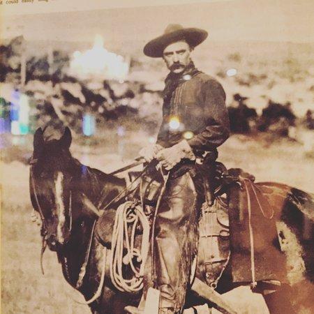 Tumalo Feed Co. Steakhouse: Old west cowboy