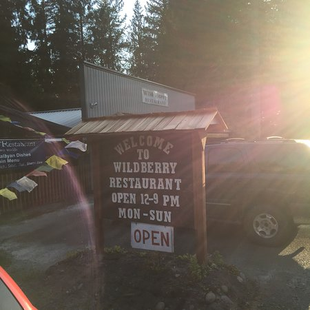"""Ashford, WA: The best place to eat """"healthy"""" after a hike."""