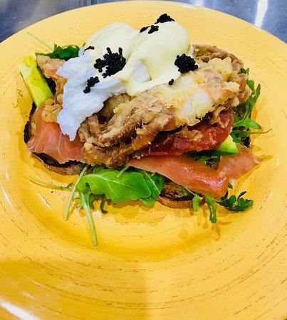 Vitalia's Italian Restaurant: Soft Shell Crab Benedict