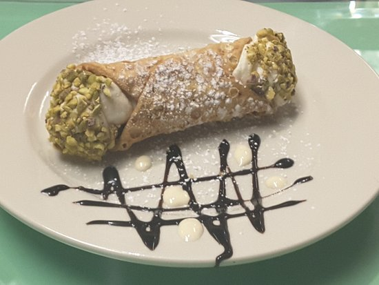 Canajoharie, Нью-Йорк: Fresh cannoli