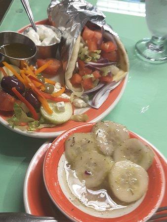 Canajoharie, NY: Gyro & cuke salad
