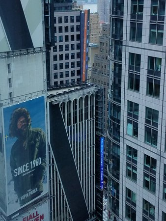 Hilton Times Square: Great view from 33rd floor.