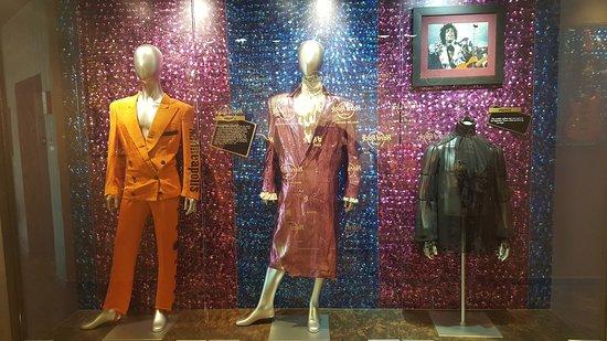 Hard Rock Cafe: Prince display