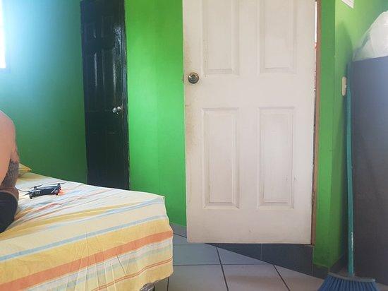 Tamanique, El Salvador: 20180518_102156_large.jpg