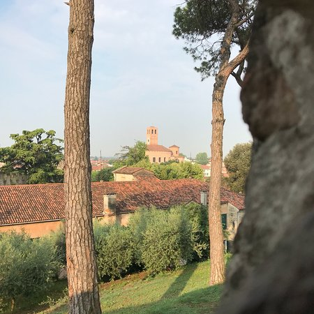 """Villa Contarini, detta """"Vigna Contarena"""": Scatti dall'esterno delle mura, da retro e dei paraggi"""