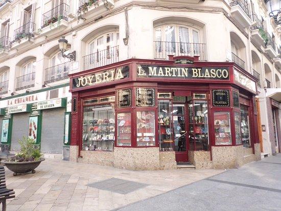 b1c086c45362 Joyería Martín Blasco. - Picture of Calle Alfonso I