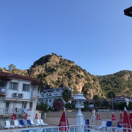 Karbel Beach Hotel: photo1.jpg