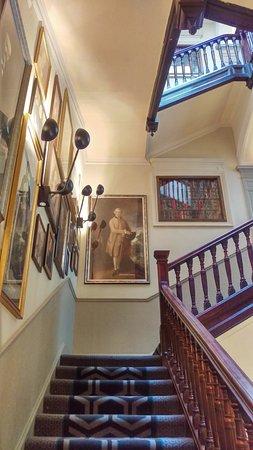 Hotel Indigo Edinburgh -staircase