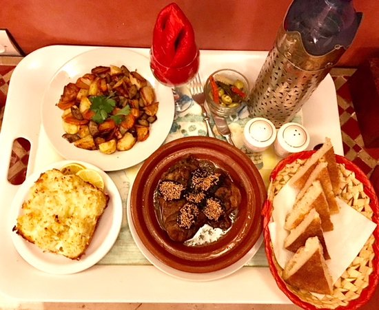 Riad Les Trois Mages: Meal for one!