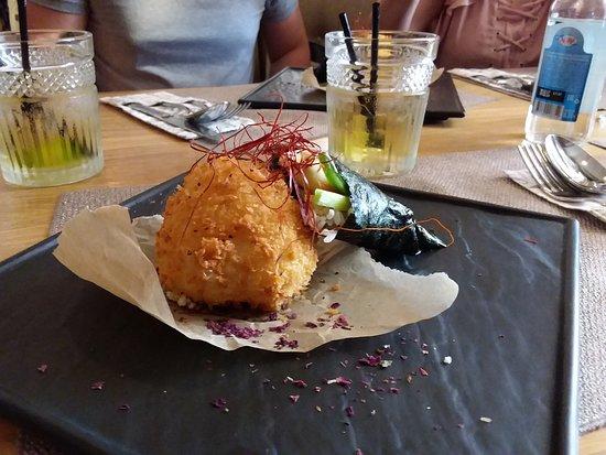 Cafe Veranda: Темаки ролл с овощами