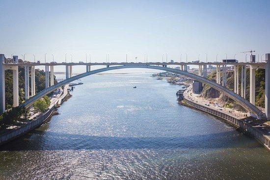 Porto Bridge Climb: 180510_16h00_014_DJI_0023_large.jpg
