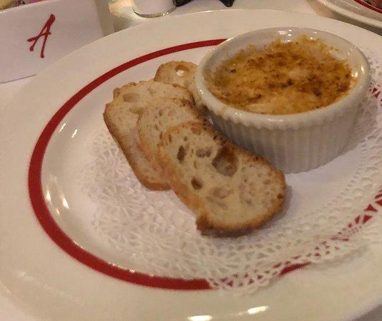 Arnaud's Restaurant / French 75 Bar: Crabmeat Prentiss