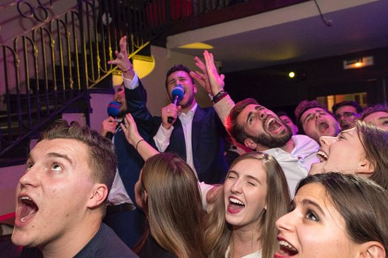 Les 3 Diables: karaoke on wednesdays