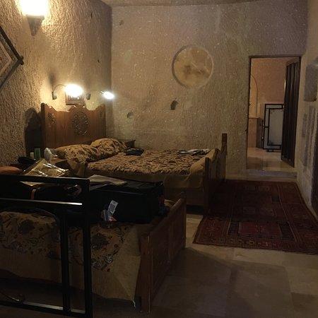 MDC Cave Hotel照片