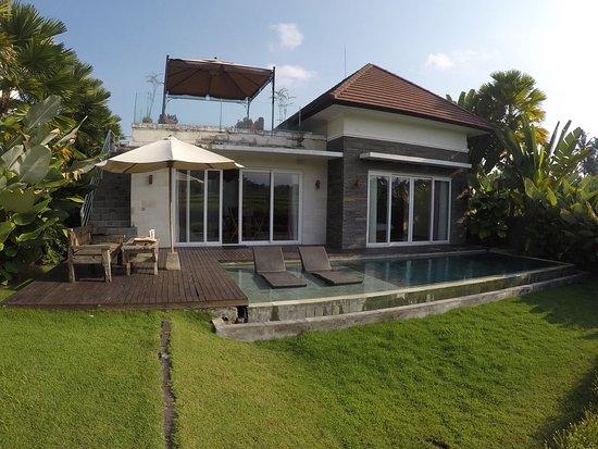 The Samara: Villa