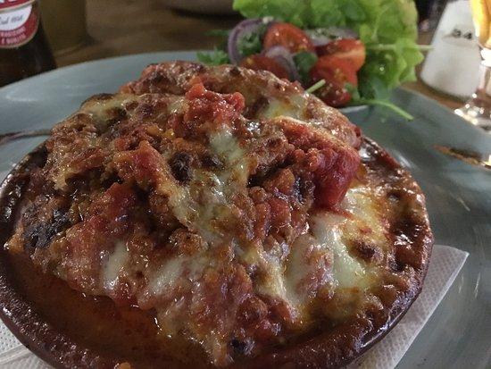 Vanlose, الدنمارك: The lasagna was moist but firm. Nice!