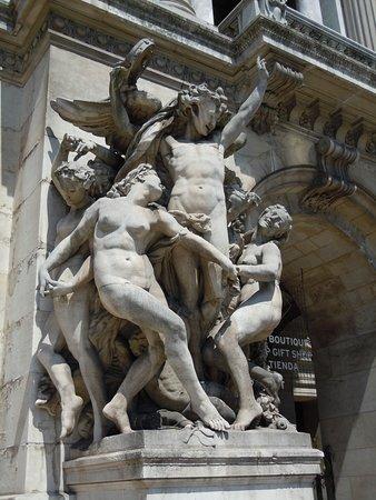 Statue La Danse